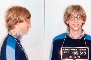 Bill Gates ditangkap polisi New Mexico gara-gara ngebut tanpa SIM dengan mobil Paul Allen, co founder Microsoft